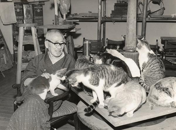 猫と戯れる文夫